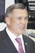 Открыл новый завод Президент Татарстана Р. Минниханов.