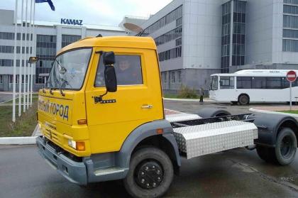 КАМАЗ представил газомоторную технику