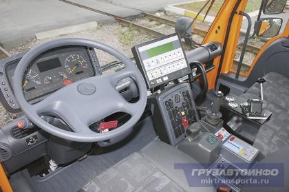 Комбинированный. Локомобиль Unimog U400