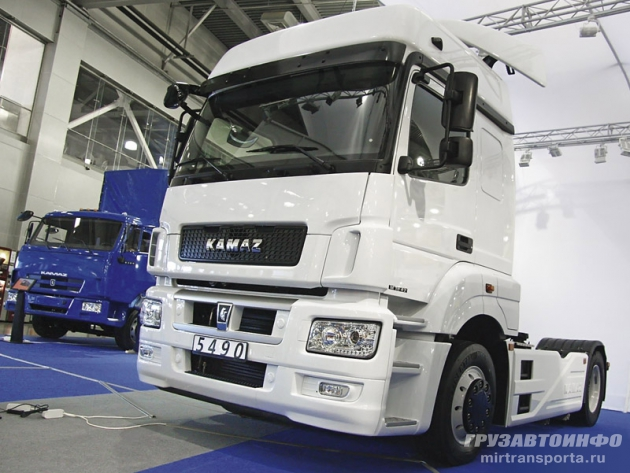 Начался серийный выпуск тягачей КАМАЗ-5490